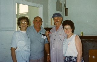 web Pat & John O'Neill with unknown couple 1994