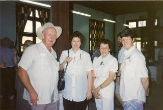 web Peter O'Neill, Frances Jackson, Verna O'Neill & Catherine McQuade 1994
